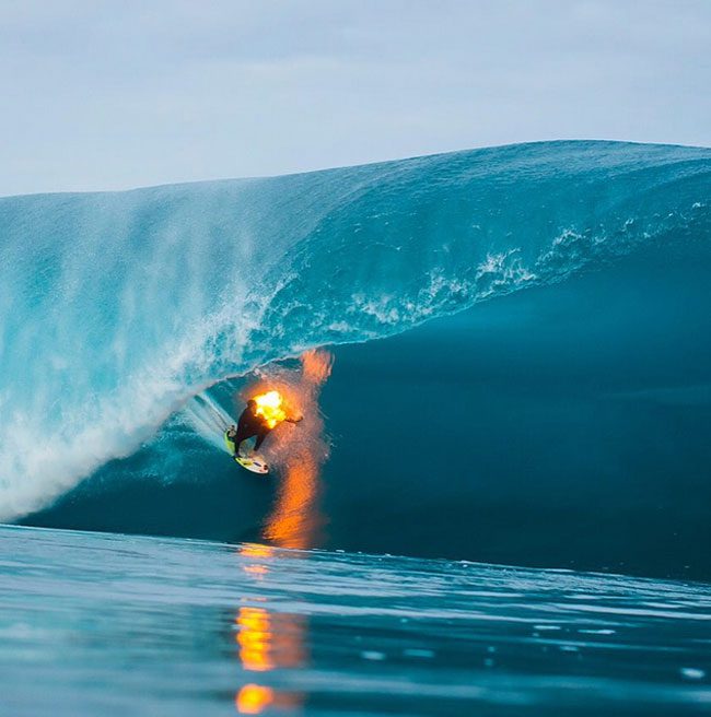 JOB on fire at Teahupoo
