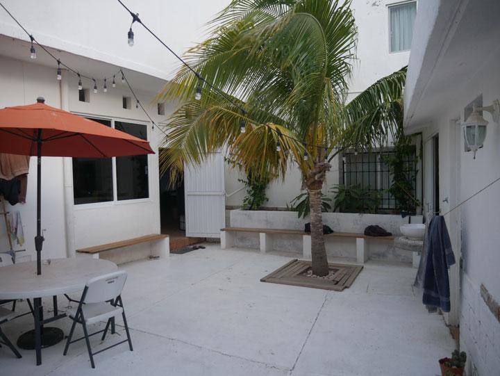 Casa Mirador entryway